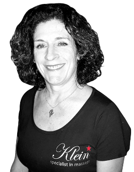 Roos is een ervaren masseur bij Klein massage